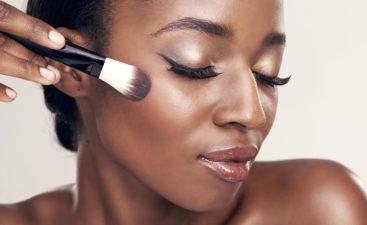 Maquillage-pour-peaux-noires-et-métisses